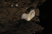 Epistilbít – blaðlaga, myndar tæra kristalla sem ekki eru ólíkir heulandíti, en eru aflangir. Verður ekki meira en 1 cm á lengd.